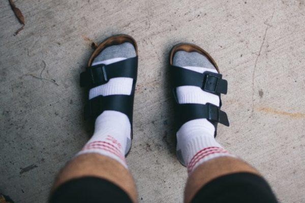 靴下とサンダル